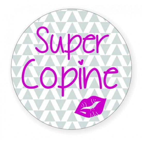 """Badge """"Super Copine"""" - Idées Cadeaux par BB&Co"""
