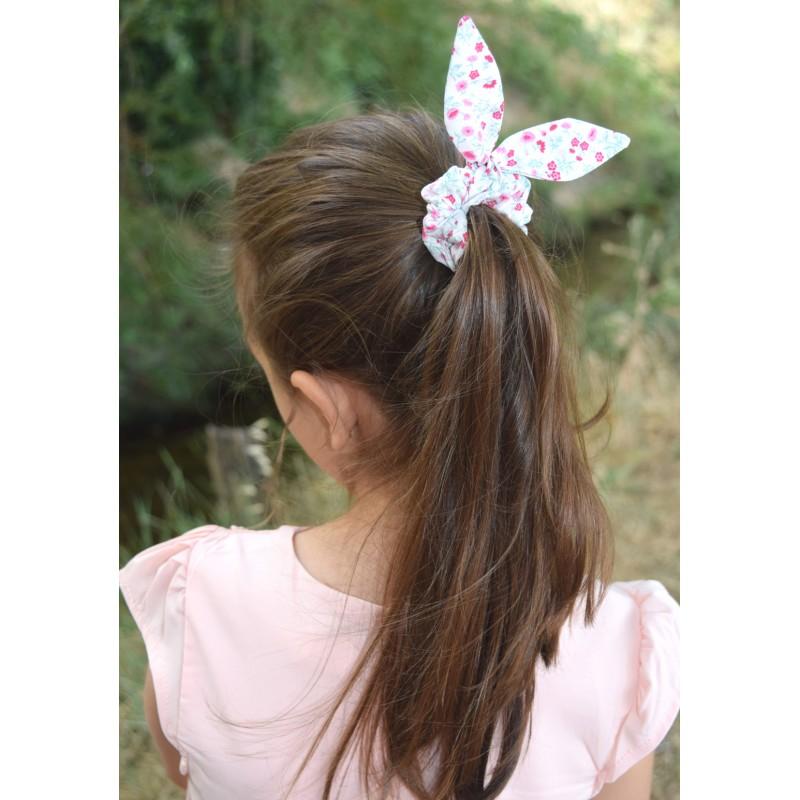 Chouchou avec nœud liberty blanc/rose - Accessoires Cheveux par BB&Co