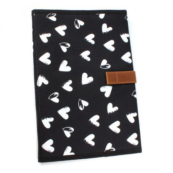 Sac à langer Black & White - Cœurs par Kidzroom - Pochettes & Sacs à langer par KIDZROOM