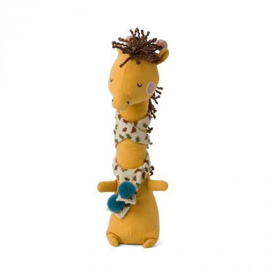 Girafe Danny avec écharpe - Accueil par Picca Loulou