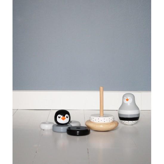 Jouet en bois : Pyramide à empiler Pingouin - bleu - Jouets par Magni